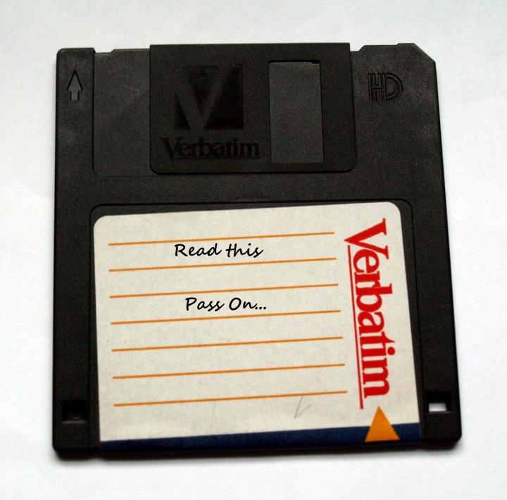Verbatim_3-inch_floppy_disk_EDIT